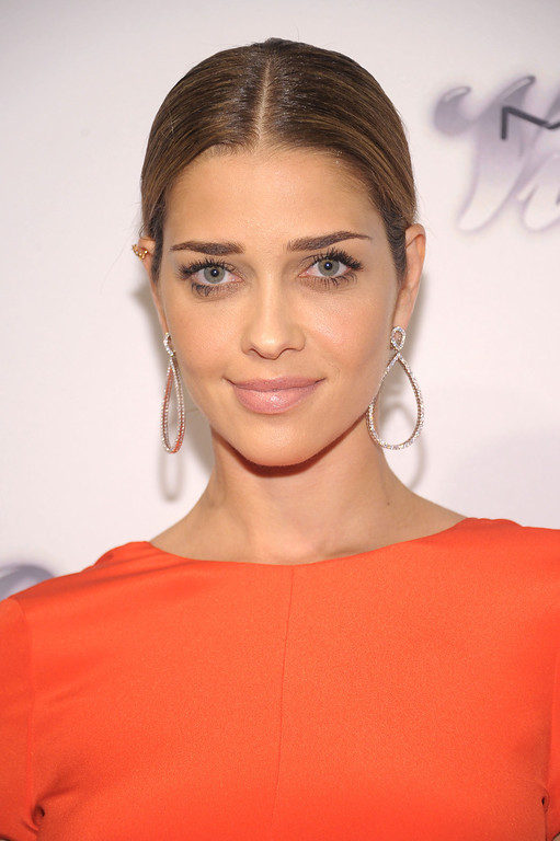 . NEW YORK, NY - JUNE 13:  Model Ana Beatriz Barros attends the 4th Annual amfAR Inspiration Gala New York at The Plaza Hotel on June 13, 2013 in New York City.  (Photo by Michael Loccisano/Getty Images)