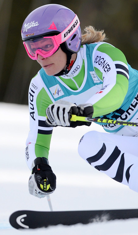 . Skier Maria Hoefl-Riesch, of Germany,  takes a turn during the second run of the women\'s Giant Slalom race at the FIS World Cup Alpine Skiing in Beaver Creek, Colorado, USA, 01 December 2013.  EPA/JUSTIN LANE