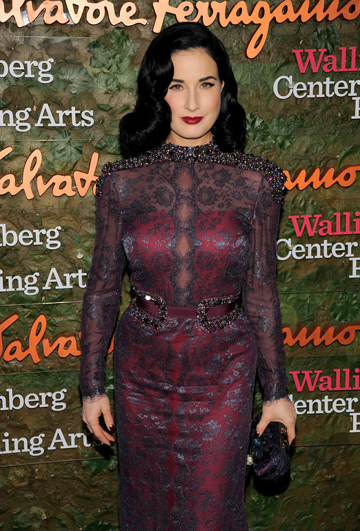 . Burlesque dancer Dita Von Teese arrives at the Wallis Annenberg Center for the Performing Arts Inaugural Gala on Thursday, Oct. 17, 2013, in Beverly Hills, Calif. (Photo by Chris Pizzello/Invision/AP)