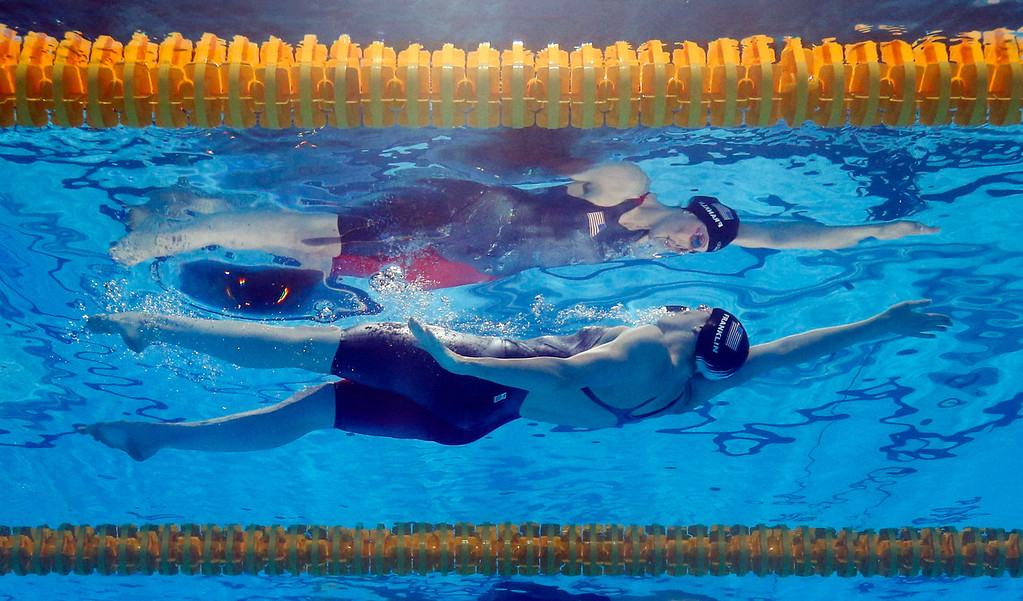 . Missy Franklin of the United States swims to the gold medal in the Women\'s 100m backstroke final at the FINA Swimming World Championships in Barcelona, Spain, Tuesday, July 30, 2013. (AP Photo/David J. Phillip)