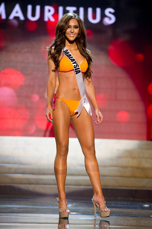 . Miss Malaysia 2012 Kimberley Leggett competes during the swimsuit competition of the 2012 Miss Universe Presentation Show at PH Live in Las Vegas, Nevada December 13, 2012. The Miss Universe 2012 pageant will be held on December 19 at the Planet Hollywood Resort and Casino in Las Vegas. REUTERS/Darren Decker/Miss Universe Organization L.P/Handout