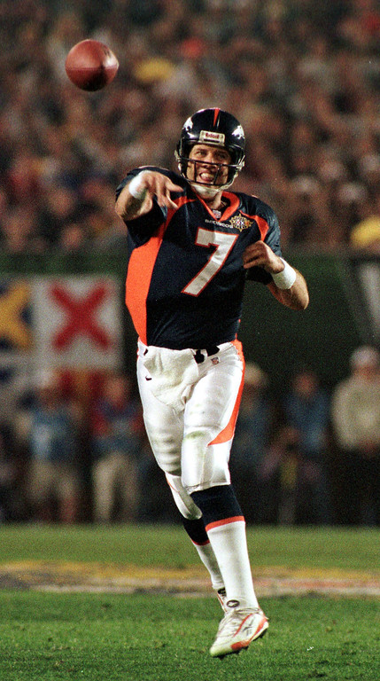. Denver Broncos John Elway releases a pass during Super  Bowl XXXII in San Diego CA. The Denver Broncos defeated the Green  Bay Packers 31-24.    (Karl Gehring/The Denver Post)
