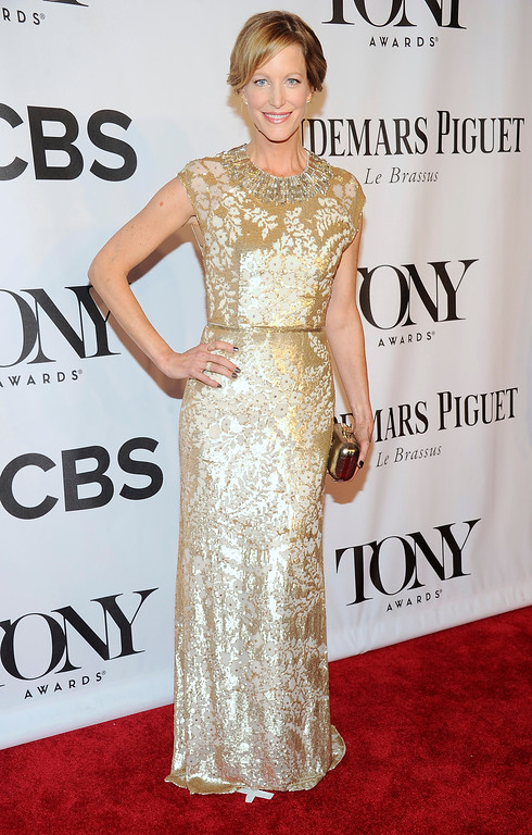 . Anna Gunn arrives at the 68th annual Tony Awards at Radio City Music Hall on Sunday, June 8, 2014, in New York. (Photo by Charles Sykes/Invision/AP)