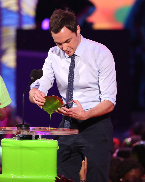 . Jim Parsons presents the award for favorite animated movie at the 27th annual Kids\' Choice Awards at the Galen Center on Saturday, March 29, 2014, in Los Angeles. (Photo by Matt Sayles/Invision/AP)