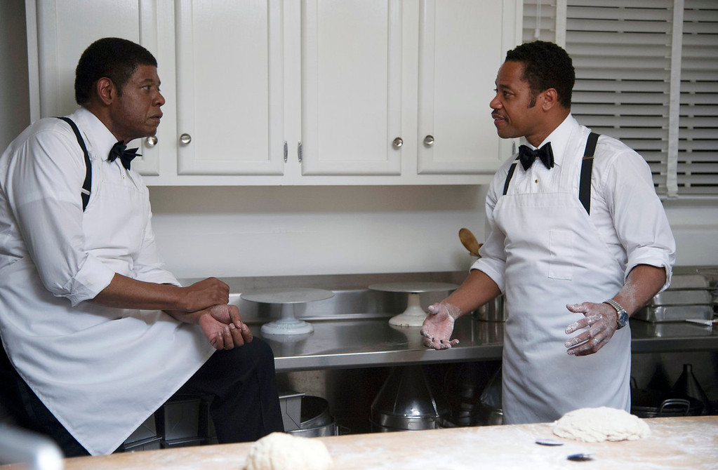 """. Forest Whitaker as Cecil Gaines, left, and Cuba Gooding Jr. as Carter Wilson in a scene from \""""Lee Daniels\' The Butler.\"""" (AP Photo/The Weinstein Company, Anne Marie Fox)"""