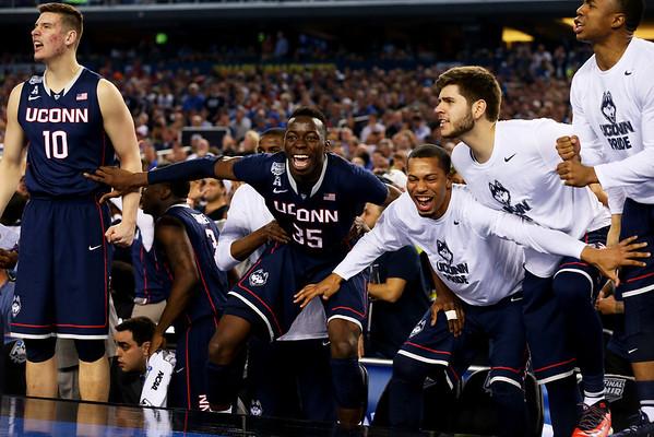 PHOTOS: Final Four – Connecticut vs Florida, 2014 NCAA basketball tournament