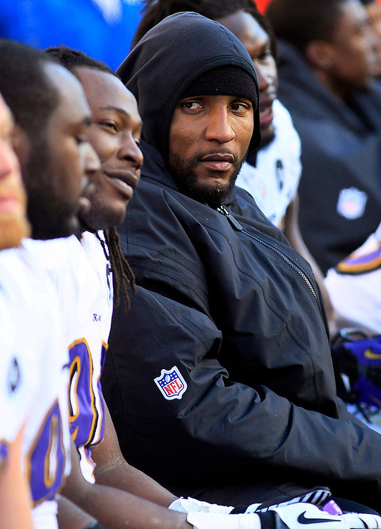 . Baltimore Ravens inside linebacker Ray Lewis sits on the bench in the second half of an NFL football game against the Cincinnati Bengals, Sunday, Dec. 30, 2012, in Cincinnati. (AP Photo/Tom Uhlman)