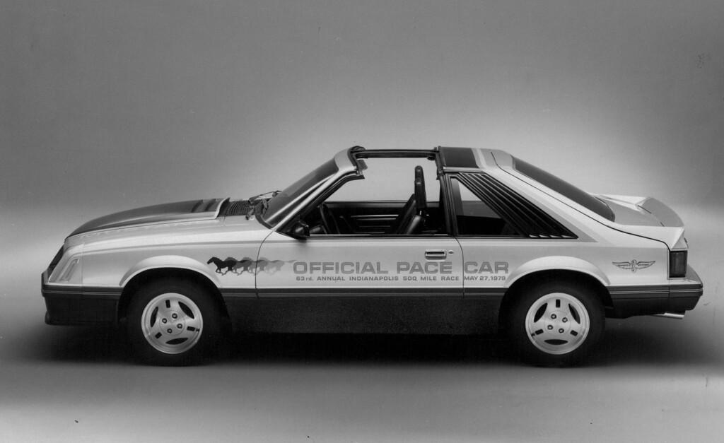 . JAN 6 1979  Mustang - Auto Pg Velox Sat City