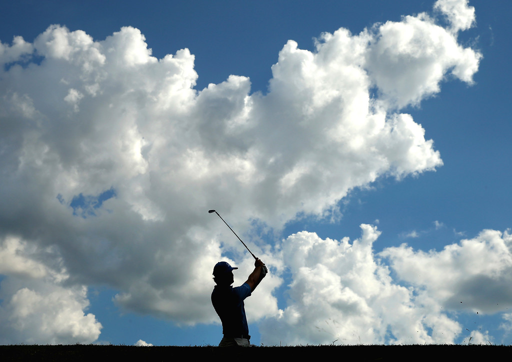 . Hudson Swafford of the United States hits his tee shot on the 15th hole during the first round of the 114th U.S. Open at Pinehurst Resort & Country Club, Course No. 2 on June 12, 2014 in Pinehurst, North Carolina.  (Photo by Streeter Lecka/Getty Images)