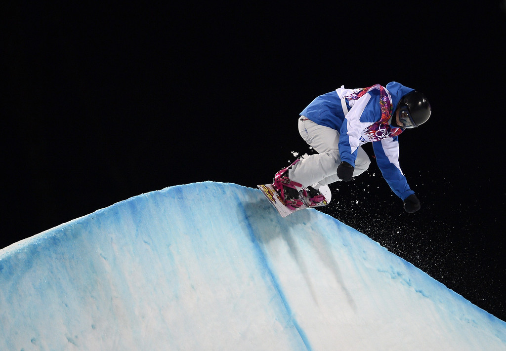 . France\'s Mirabelle Thovex competes in the Women\'s Snowboard Halfpipe Semifinals at the Rosa Khutor Extreme Park during the Sochi Winter Olympics on February 12, 2014. AFP PHOTO / FRANCK FIFE/AFP/Getty Images