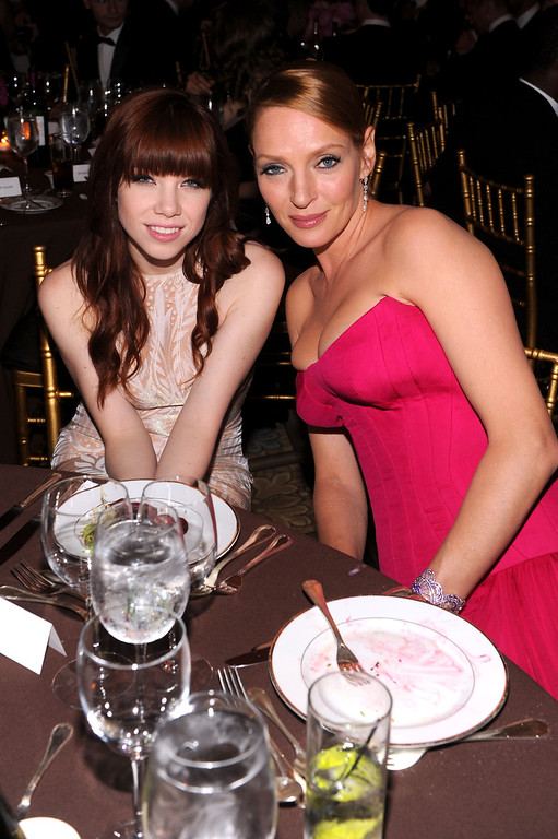 . NEW YORK, NY - JUNE 13:  Singer Carly Rae Jepsen (L) and actress Uma Thurman attend the 4th Annual amfAR Inspiration Gala New York at The Plaza Hotel on June 13, 2013 in New York City.  (Photo by Jamie McCarthy/Getty Images)