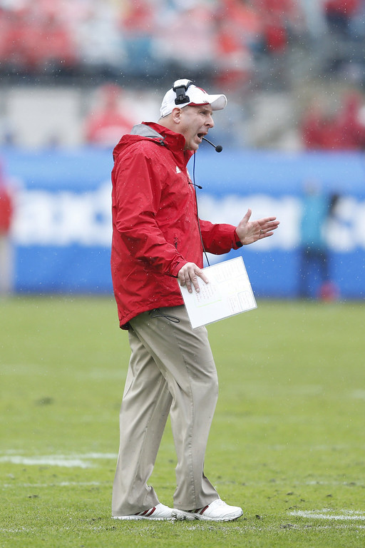 . Head coach Bo Pelini of the Nebraska Cornhuskers calls out in the first half against the Georgia Bulldogs during the TaxSlayer.com Gator Bowl at Everbank Field on January 1, 2014 in Jacksonville, Florida. (Photo by Joe Robbins/Getty Images)