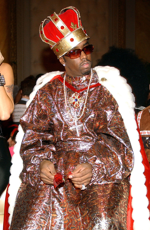 """. Music mogul Sean \""""P.Diddy\"""" Combs attends Heidi Klum\'s 3rd annual Halloween Party at Capitale November 1, 2002 in New York City.  (Photo by Mark Mainz/Getty Images)"""