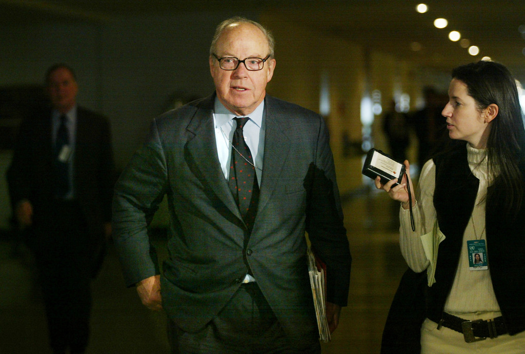 . Chief United Nations weapons inspector Hans Blix (C) arrives for a meeting with the College of Commissioners at UN headquarters January 23, 2003 in New York City. Blix criticized Iraq for not revealing enough information about its weapons programs. (Photo by Mario Tama/Getty Images)