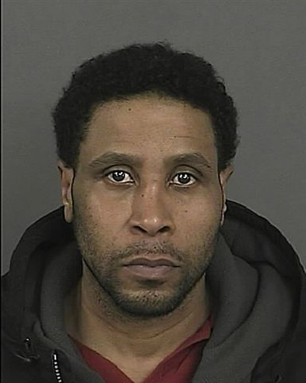 . Ronald Davis the robbery suspect dubbed the �Bump & Run� Bandit was arrested on July 9, 2011, in Bronx, New York for providing false information.  Davis is currently being held in the Bronx Central booking facility. Denver Police are currently obtaining an At-Large warrant for his arrest and extradition.