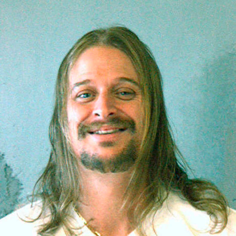 . This police mug shot released by the Dekalb Sheriff\'s Office, shows musician Kid Rock after he was arrested early Sunday morning, Oct. 21, 2007, following a brawl  at a Waffle House in Atlanta. Rock, who was in town for a show, was released hours later after posting bond. (AP Photo/Dekalb Sheriff\'s Office)
