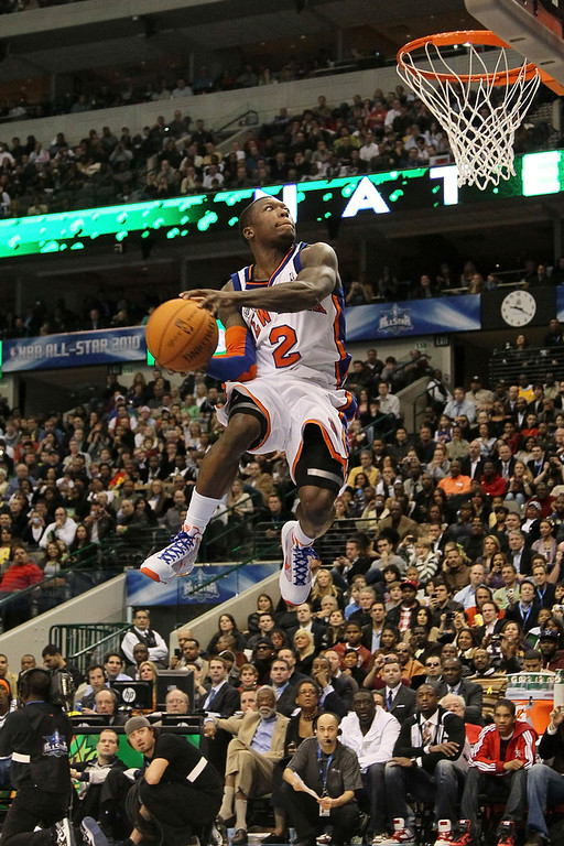 . Nate Robinson #2 of the New York Knicks attempts to dunk during the Sprite Slam Dunk Contest on All-Star Saturday Night, part of 2010 NBA All-Star Weekend at American Airlines Center on February 13, 2010 in Dallas, Texas. (Photo by Jed Jacobsohn/Getty Images)
