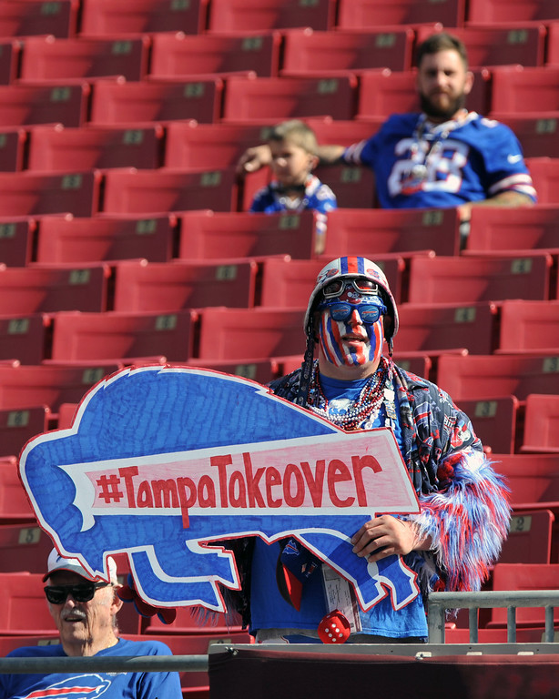 . Fan Jake Gauda of the Buffalo Bills cheers play against the Tampa Bay Buccaneers December 8, 2013 at Raymond James Stadium in Tampa, Florida. (Photo by Al Messerschmidt/Getty Images)