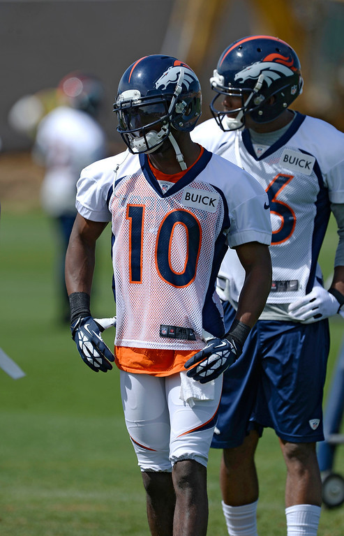 . Denver Broncos WR Emmanuel Sanders (10) runs through drills during OTAs June 16, 2014 at Dove Valley. (Photo by John Leyba/The Denver Post)