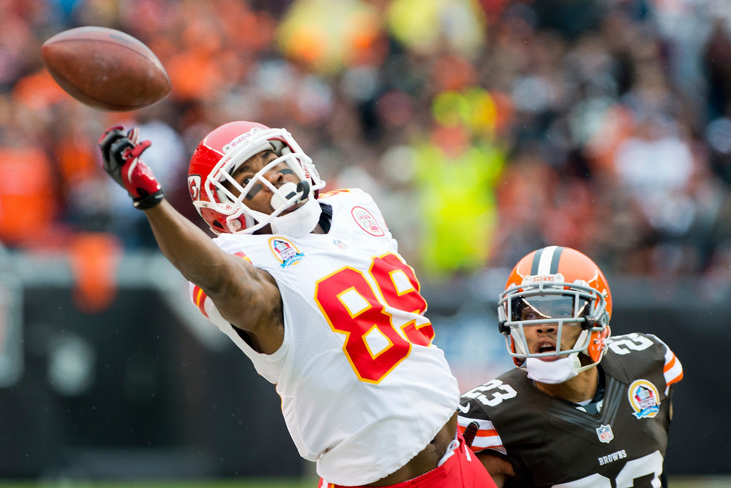 . CLEVELAND, OH - DECEMBER 09: Wide receiver Jon Baldwin #89 of the Kansas City Chiefs narrowly misses a reception under pressure from cornerback Joe Haden #23 of the Cleveland Browns during the first half at Cleveland Browns Stadium on December 9, 2012 in Cleveland, Ohio. (Photo by Jason Miller/Getty Images)